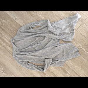 Medium modern sweater